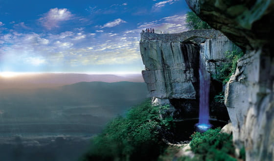 House On Top Of Lookout Mountain: Top Waterfalls In The World