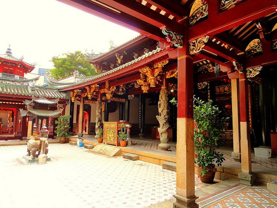 the history of the thian hock keng temple in singapore