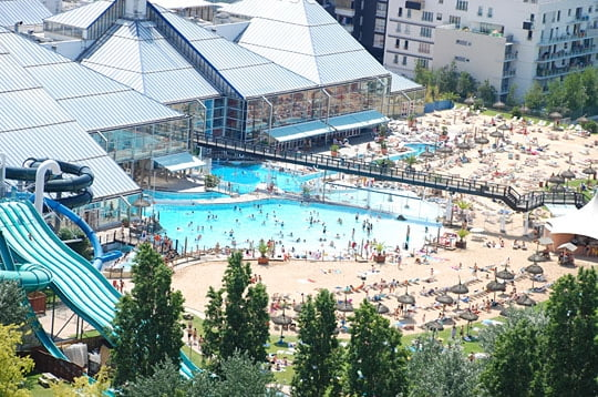 Aquaboulevard top fun places in paris for kids world top top for Piscine 75015