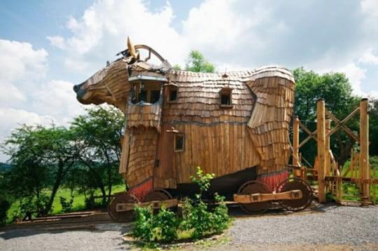 Ла-Базель-дес-гномы - отель Ttrojan лошадь