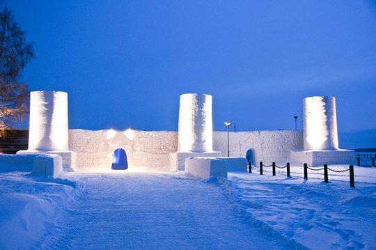 Снежный Замок-Отель - Финляндия