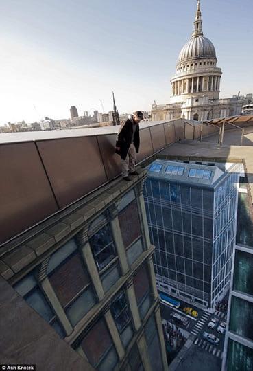 Man on a Ledge - 3D Street Art by Joe Hill